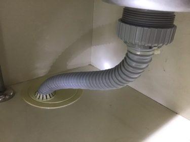 キッチンの排水ホース交換